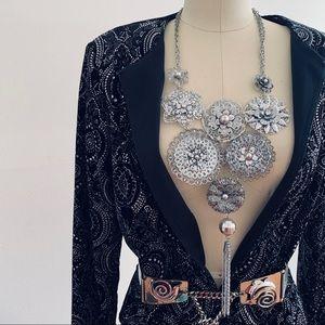 Jewelry - BEAUTIFUL STATEMENT NECKLACE SET